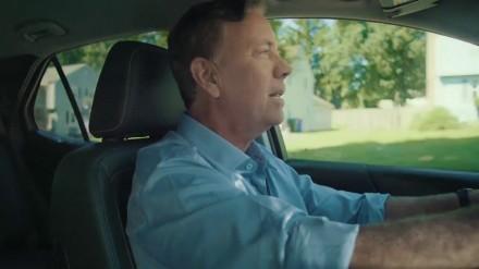 Lamont in car