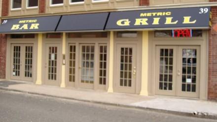 Metric Bar & Grill